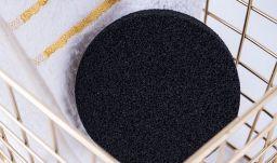 Спонж для лица очищающий с углем из бамбука